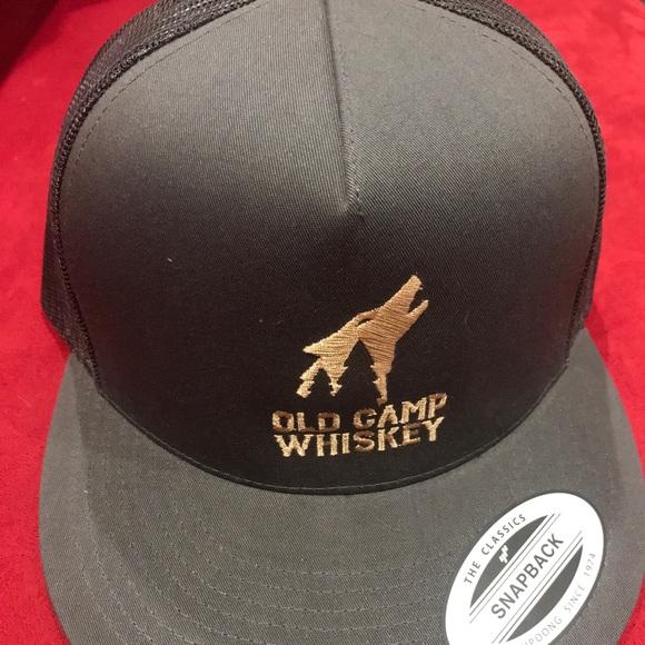 2efbce24107 Old camp whisky SnapBack Hat. M 5c3be9920cb5aad9ed9e5e3e